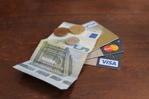 credit-card-1605191_960_720-300x200